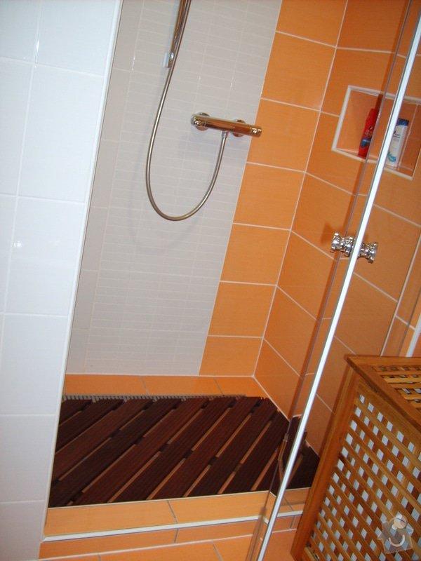 Rekonstrukce koupelny a Wc, obložení soklu domu: Panik_4_