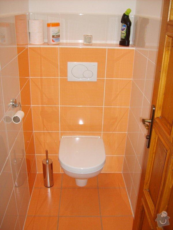 Rekonstrukce koupelny a Wc, obložení soklu domu: Panik_6_