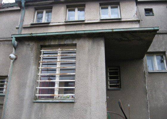 Výměna oplechování, okapu a izolace střechy přístěnku