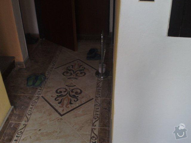 Dlažba v chodbě: P3082109