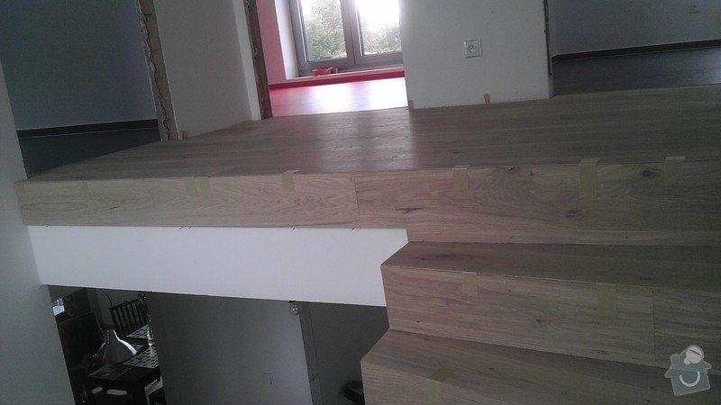 Obklad betonových schodů třívrstvou dřevěnou podlahou,zednické začištění: IMAG0109_kopie