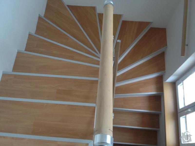 Obklad schodů z monolitu vinylem,hliníkové hrany: 427337_544320125598475_129057648_n