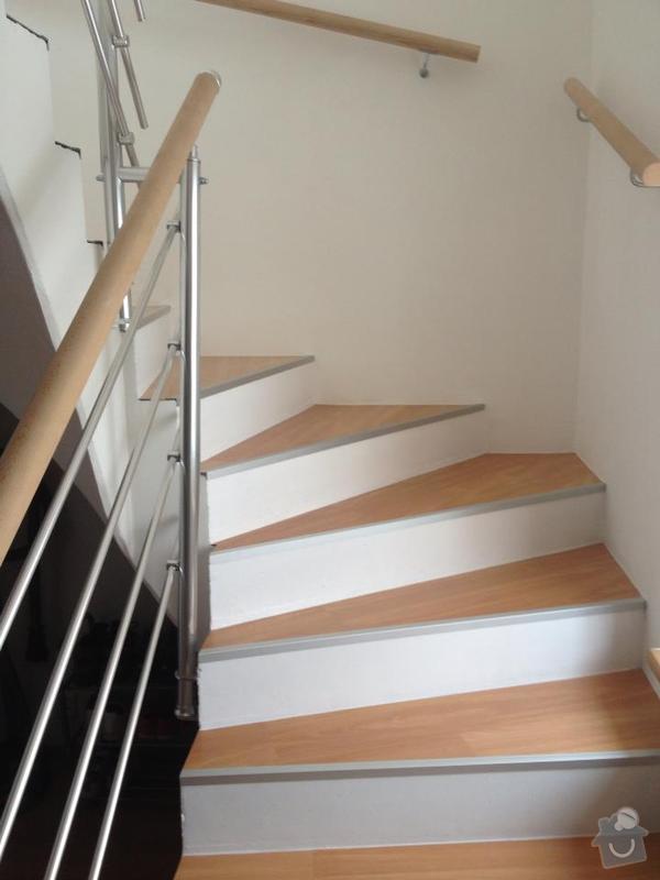 Obklad schodů z monolitu vinylem,hliníkové hrany: 482538_544320142265140_324071574_n