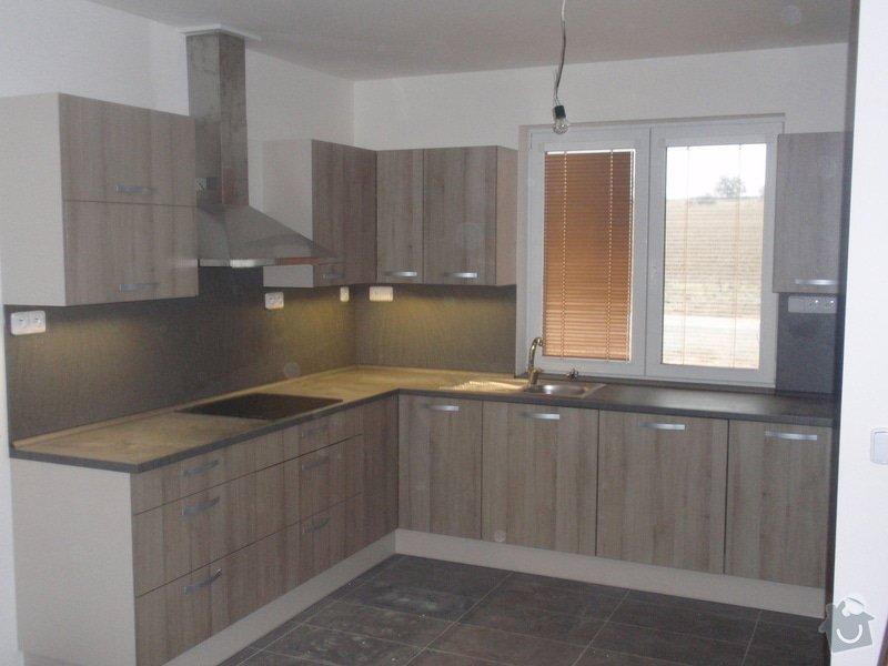 Výroba kuchyňské linky, dodání interiérových dveří: 017