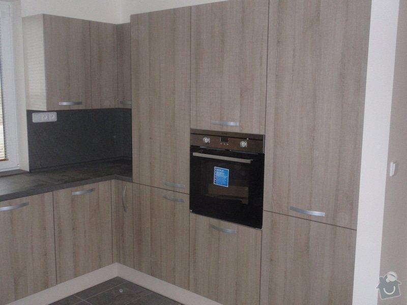 Výroba kuchyňské linky, dodání interiérových dveří: 020