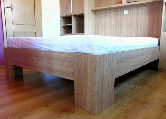 Výroba a montáž skříně a manželské postele do ložnice
