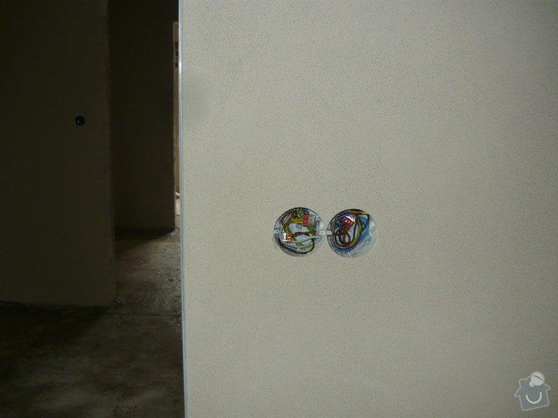 Strojní sádrová omítka gletovaná: P1030220