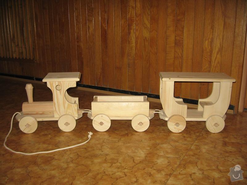 Hračka dřevěný vlak: Vlacek-drevo
