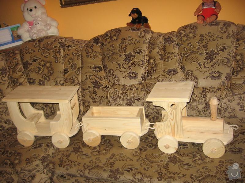Hračka dřevěný vlak: vlacek-_dreveny-hracka