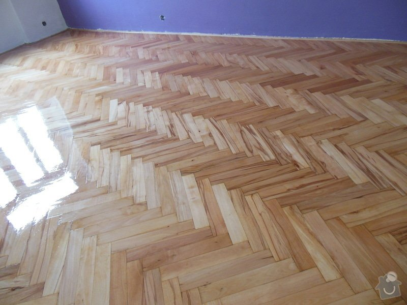 Zbroušení a nalakování dřevěné podlahy: DSCN0123