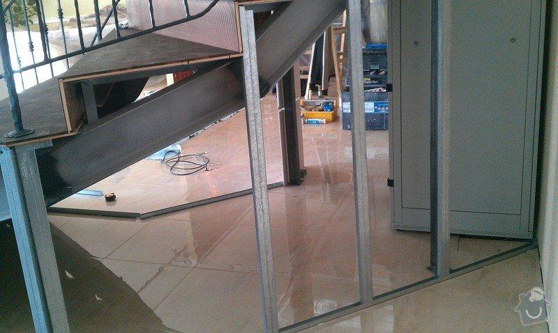 Obložení schodiště v prodejně nábytku: IMAG0711