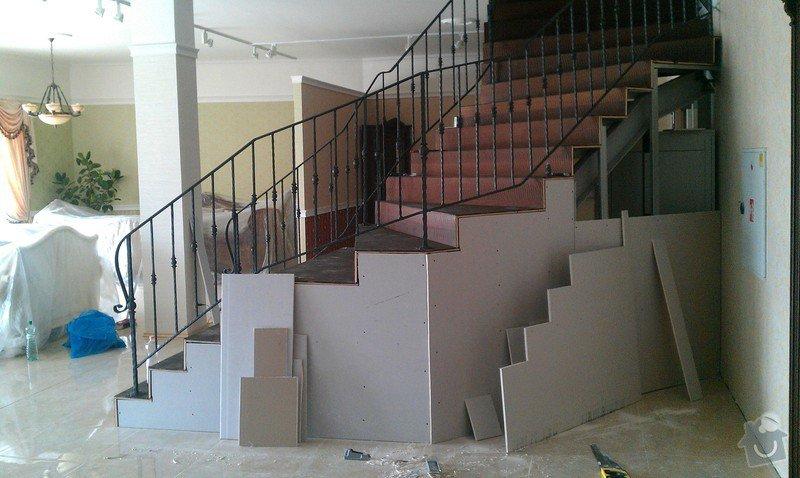 Obložení schodiště v prodejně nábytku: IMAG0713