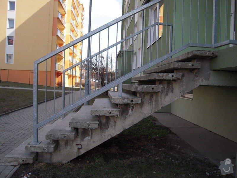 Renovace schodiště do panel.domu: DSCN4406
