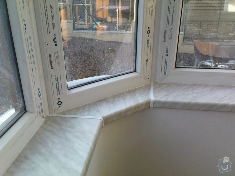 Dodávka a montáž okenních parapetů: DSC00555
