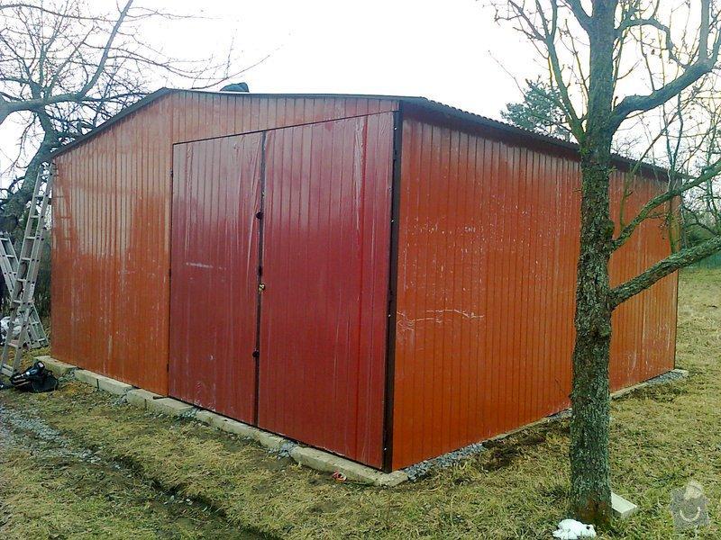 Plechová garáž: 1