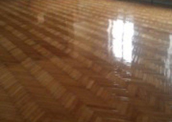 Renovace podlahy taneční sál