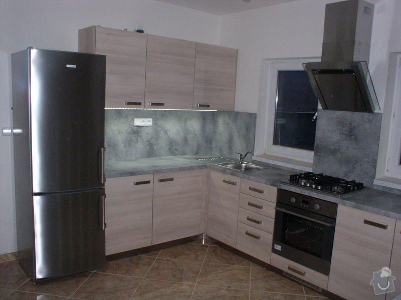 Výroba a montáž kuchyňské linky: Eva_2_