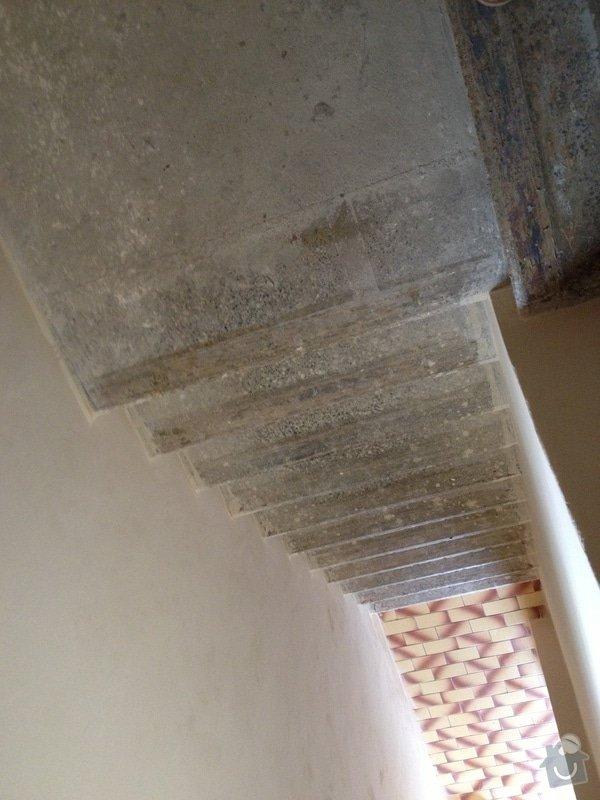 Obklad schodiště plovoucí podlahou: IMG_0557