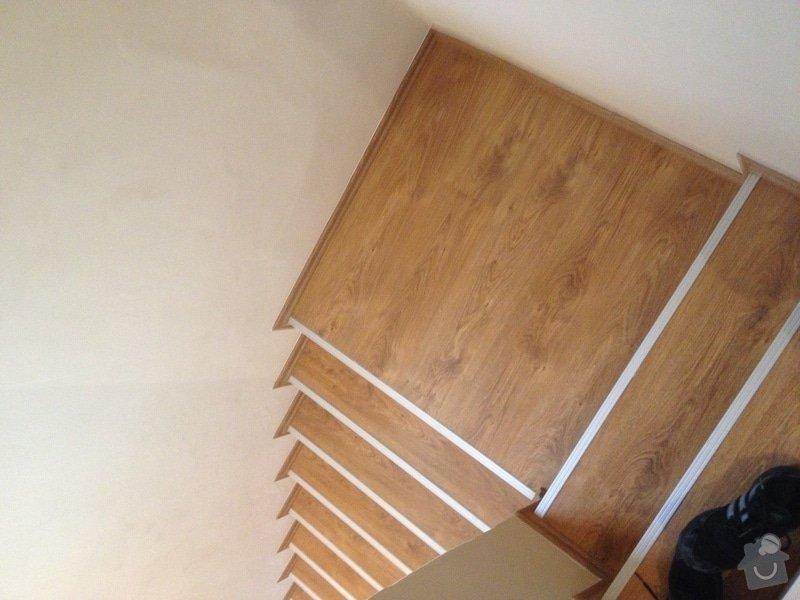 Obklad schodiště plovoucí podlahou: IMG_0560