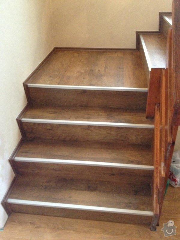 Obklad schodiště plovoucí podlahou: IMG_0561