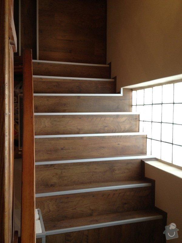 Obklad schodiště plovoucí podlahou: IMG_0564