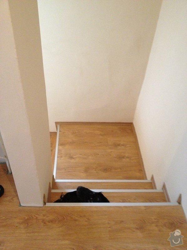 Obklad schodiště plovoucí podlahou: IMG_0566