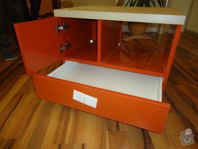 Zakázkový nábytek - ložnice, studentský pokoj: DSC02222