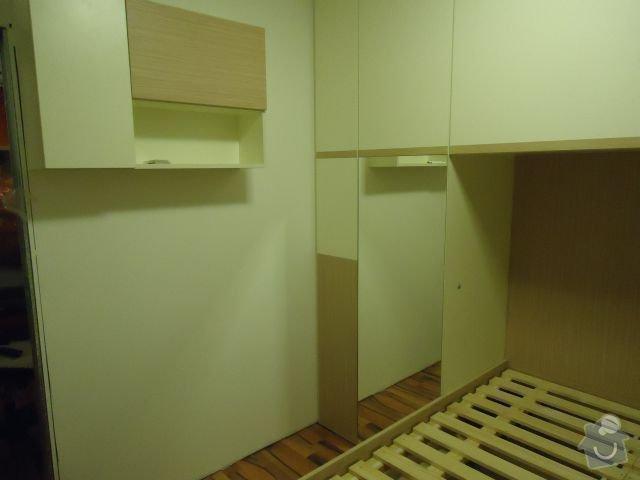 Zakázkový nábytek - ložnice, studentský pokoj: DSC02185