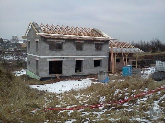 Zhotovení střechy RD a GAR: rd_krov