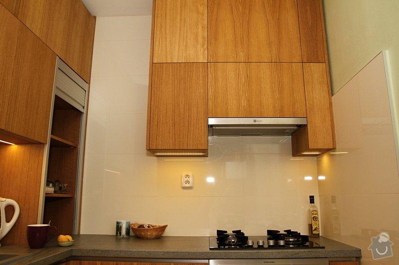 Kuchyňská linka na míru: kuchyn-0315-04