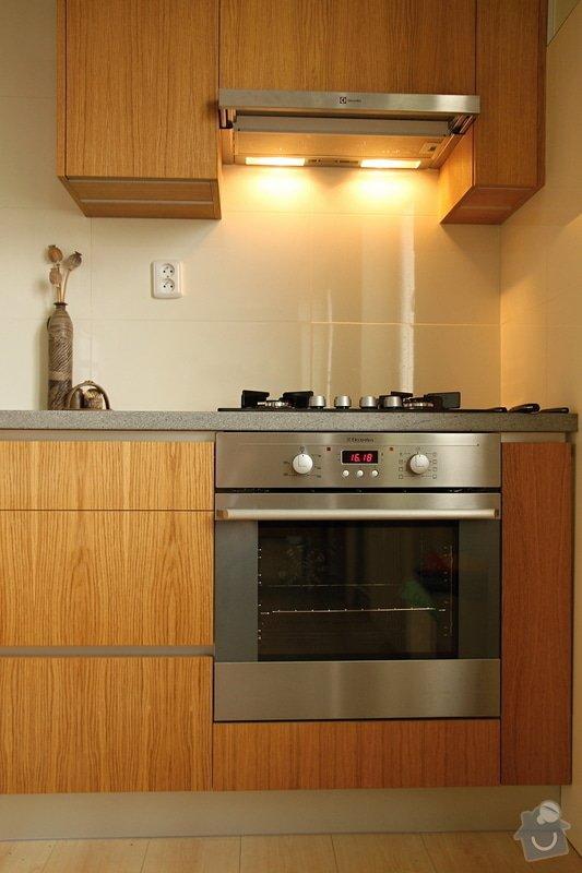 Kuchyňská linka na míru: kuchyn-0408-13