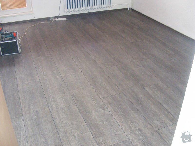 Vymalování ložnice,položení plovoucí podlahy,poskládaní skříně a postele: DSCF2588