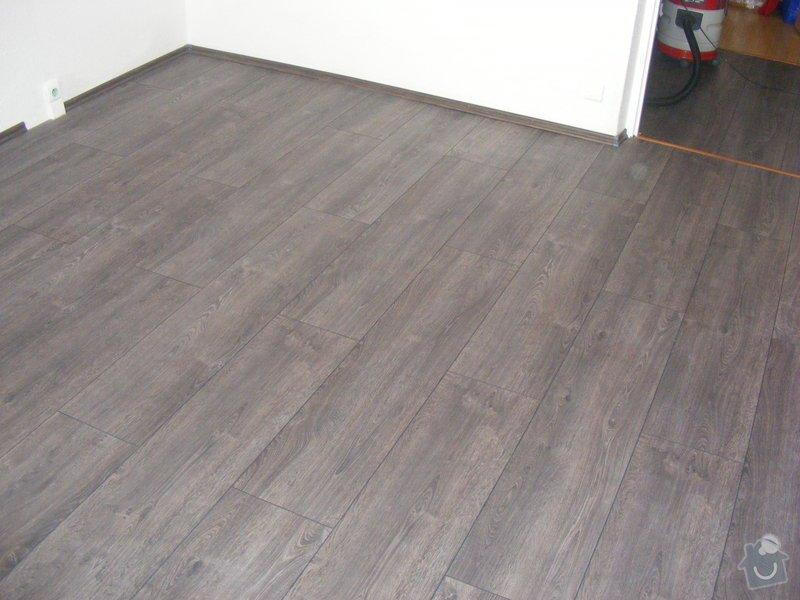 Vymalování ložnice,položení plovoucí podlahy,poskládaní skříně a postele: DSCF2594