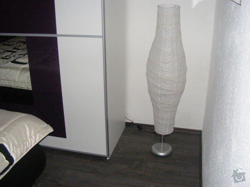 Vymalování ložnice,položení plovoucí podlahy,poskládaní skříně a postele: DSCF2600