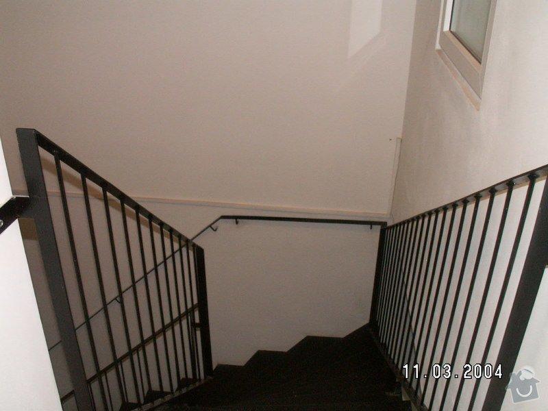 Montáž madel na zábradlí schodiště: PICT0001