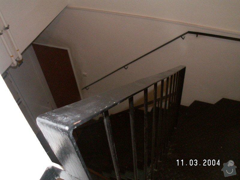 Montáž madel na zábradlí schodiště: PICT0002