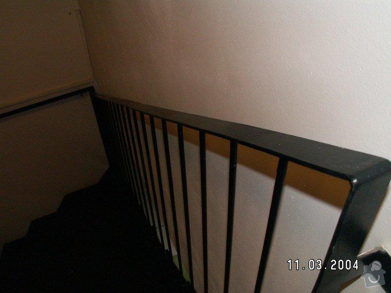 Montáž madel na zábradlí schodiště: PICT0003