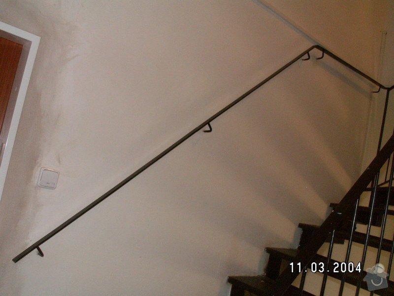 Montáž madel na zábradlí schodiště: PICT0006