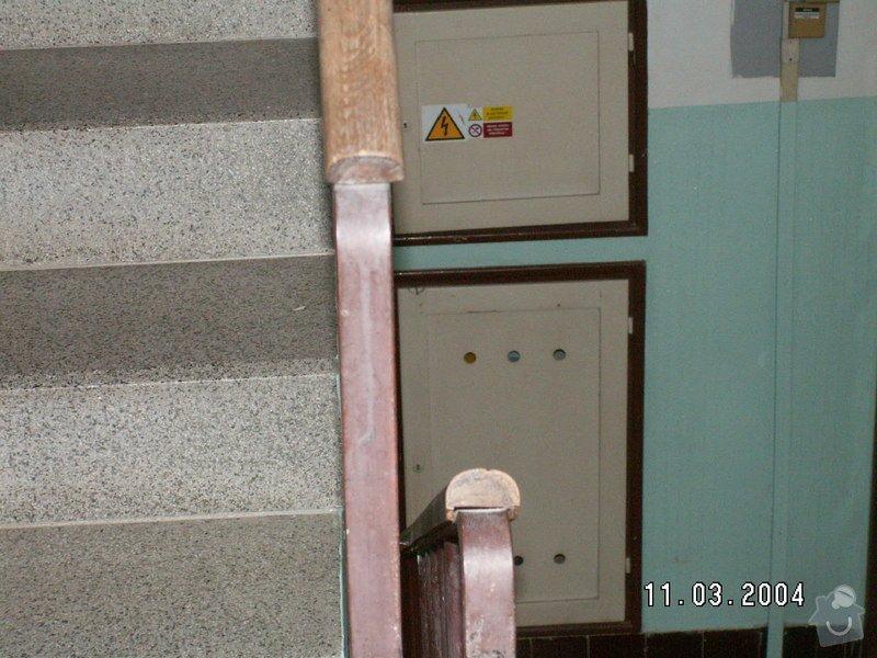 Montáž madel na zábradlí schodiště: PICT0009
