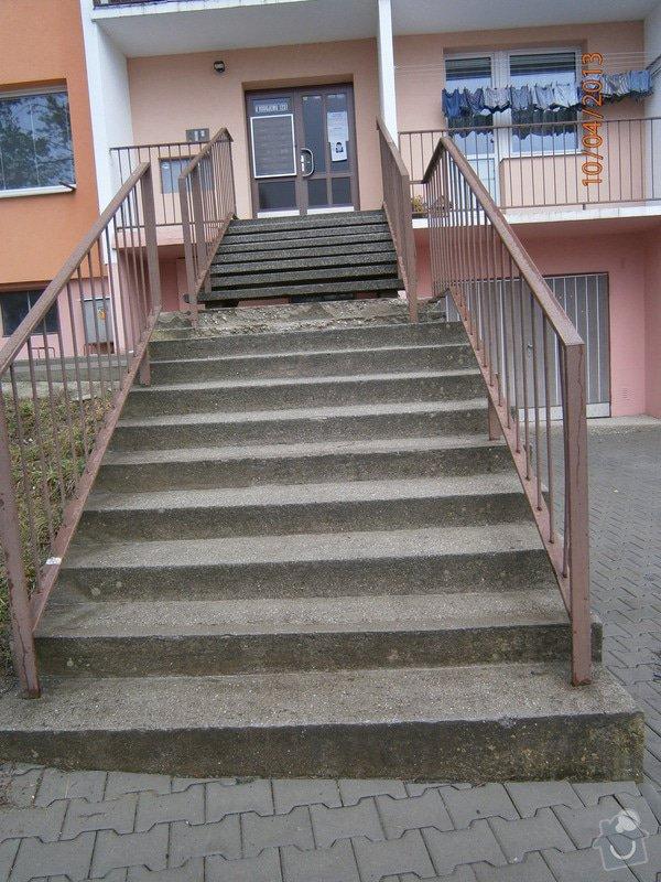 Rekonstrukce  venkovního schodiště: P4100011