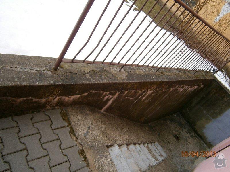 Rekonstrukce  venkovního schodiště: P4100010
