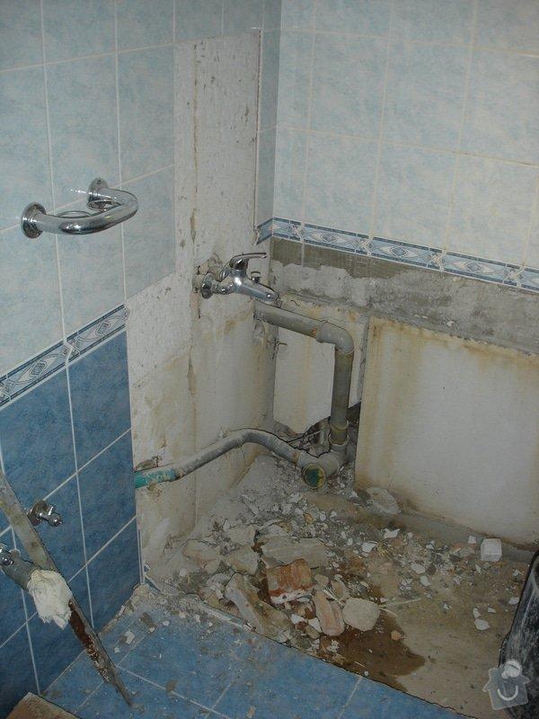 Částečná rekonstrukce bytu (koupelna, vymalování, koberce a drobné opravy): DSC00772