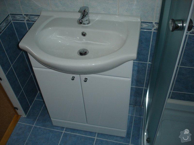 Částečná rekonstrukce bytu (koupelna, vymalování, koberce a drobné opravy): DSC00860