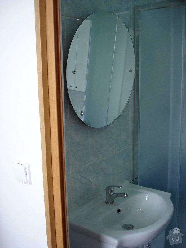 Částečná rekonstrukce bytu (koupelna, vymalování, koberce a drobné opravy): DSC00880
