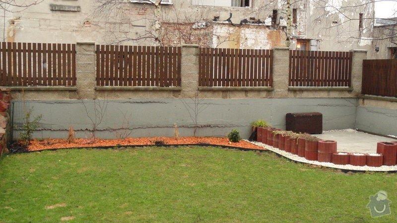 Oprava venkovní zdi - cca 20m: DSC03222