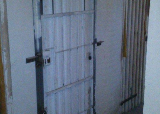 Výroba a montáž mříže (dveří) sklepní kóje