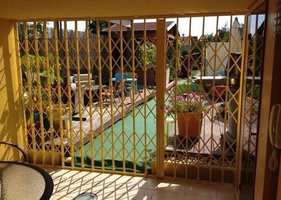 Bezpečnostní nůžkové  mříže do RD a garáže