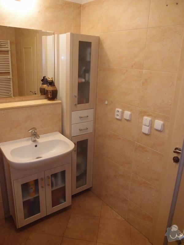 Obklady + podlahy v koupelnách, WC, kuchyni, omítky, vyzdění: vysoka_skrinka_m