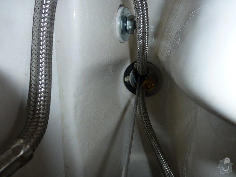 Oprava vodovodní baterie a seřízení 2x geberitu: P1010242
