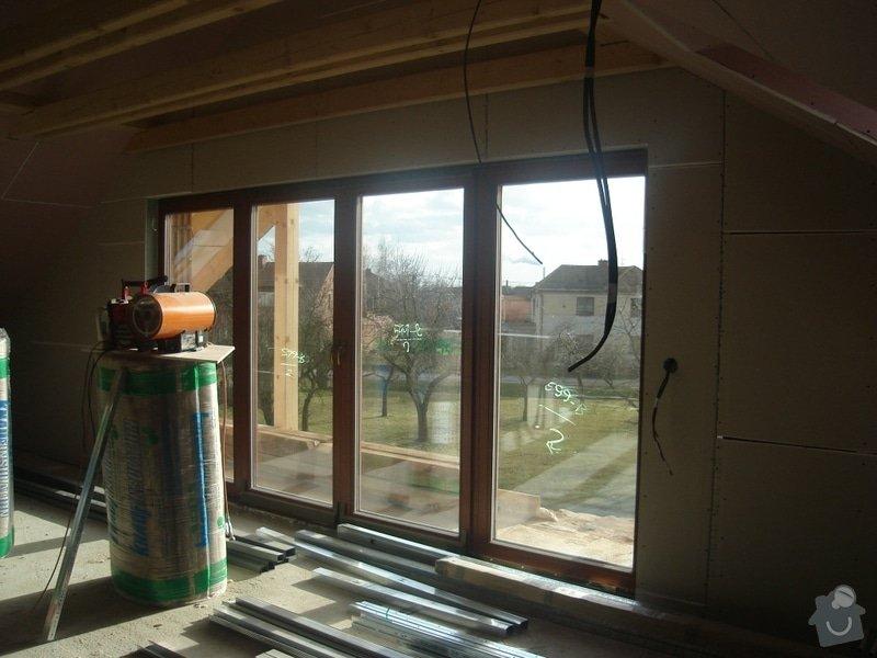 Betonový povrch u balkonu: DSC07404